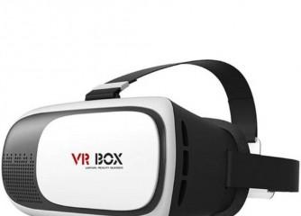 VR-Brille am Stand  der CMT verkaufen