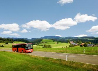 """Touristinfos können bei DB Regio das Booklet """"Schwarzwaldbusse"""" anfordern"""