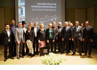 """Handbuch vorgestellt """"Holzbaukultur im Nordschwarzwald"""""""
