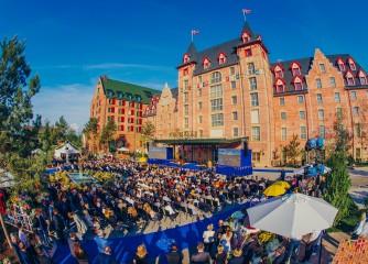 Europa-Park eröffnet neues 4-Sterne Superior Hotel Krønasår