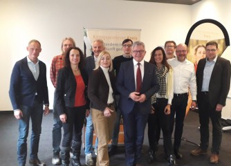 Königswinterer Kreis trifft Minister Wolf: Zukunftsworkshop deutscher Wanderexperten in Tuttlingen